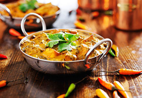 richly flavoured chicken balti made with thee freshest chicken breast meat
