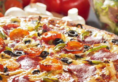 Marios Pizzacasa Studley freshly made pizza